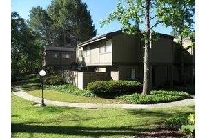 556 N Orange Grove Blvd, Pasadena, CA 91103