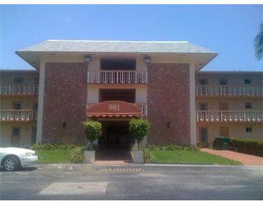 981 Hillcrest Ct Apt 104, Hollywood, FL