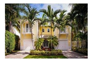 3659 Royal Palm Ave, Coconut Grove, FL 33133