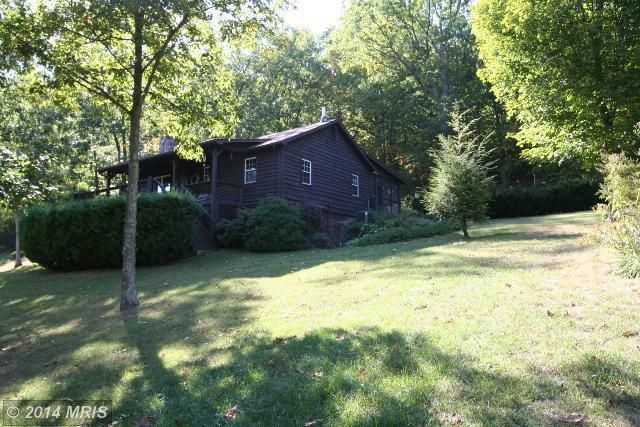 5 Smoke Hole Rd, Cabins, WV 26855