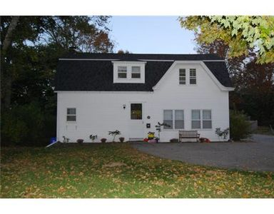 125 W Main St, North Kingstown, RI
