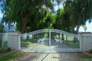35325 De Portola Rd, Temecula, CA 92592
