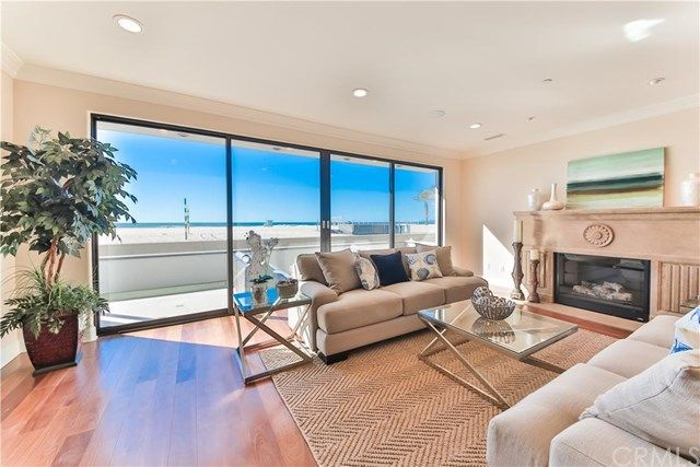 136 The Strand, Hermosa Beach, CA 90254