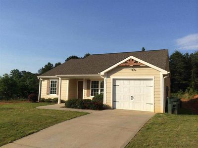 211 Maple Grove Rd, Seneca, SC 29678