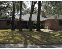 207 Bloomingfield Dr, Brandon, FL 33511