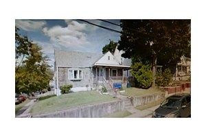594 Brace Ave, Perth Amboy, NJ 08861