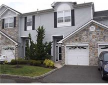 32 Capica Ct Unit 78, Old Bridge, NJ 08879