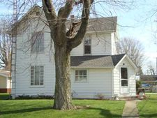 152 Dame St, Pettisville, OH 43553