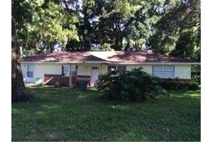 1537 Stevens Ave, Deland, FL 32720