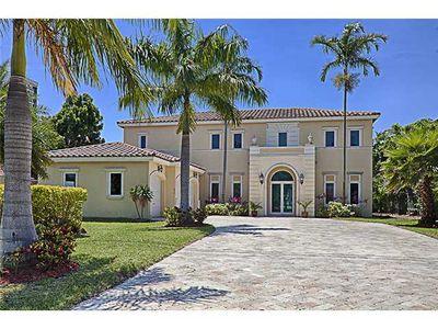 473 Holiday Dr, Hallandale Beach, FL