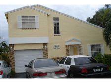 19203 Nw 86th Ave, Miami, FL 33015