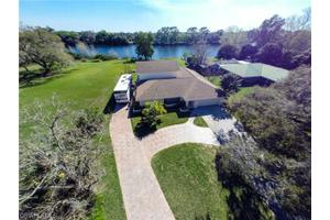 3015 Shell Ln, Labelle, FL 33935