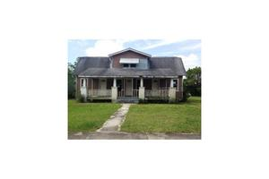 47 W Sessoms Ave, Lake Wales, FL 33853
