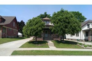 616 S 3rd Ave, West Bend, WI 53095