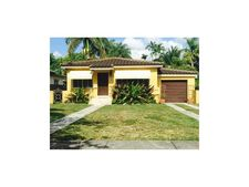 556 Mokena Dr, Miami Springs, FL 33166