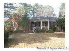 2212 Westhaven Dr, Fayetteville, NC 28303