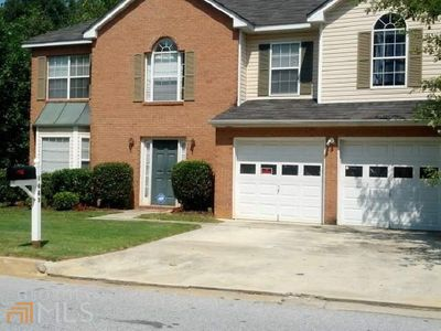 1443 Cutters Mill Dr, Lithonia, GA