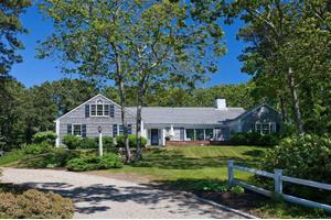 16 Saquatucket Bluffs Rd, Harwich Port, MA 02646