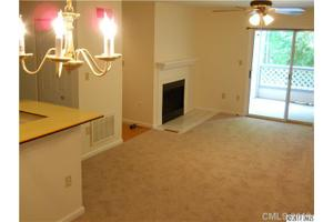 8123 Tremaine Ct Apt F, Charlotte, NC 28227