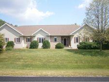5172 Chesapeake Ct, Town Of Oshkosh, WI 54901