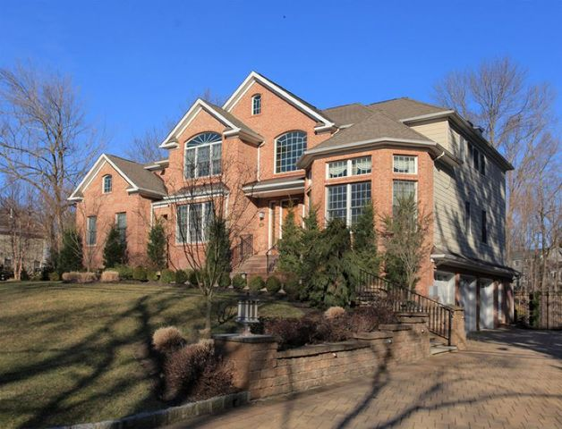 An Unaddressed Florham Park Boro NJ 07932 Home Property