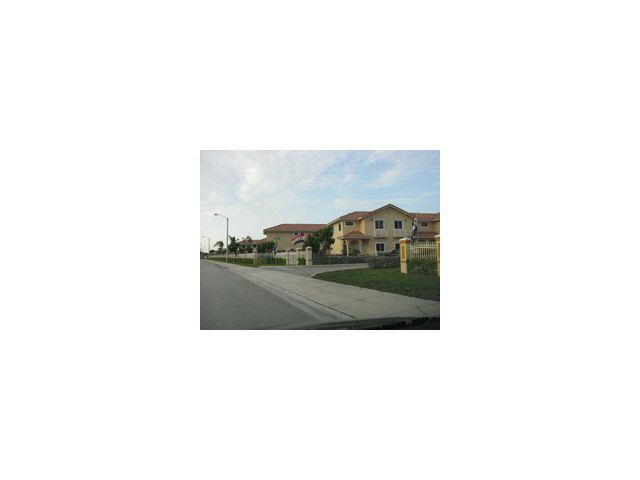 7456 NW 178 St Unit 7456 Miami, FL 33015