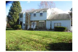 46 Mariposa Pl, Old Bridge, NJ 08857