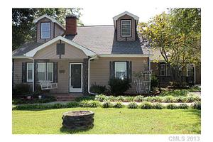 310 Blackburn St, York, SC 29745