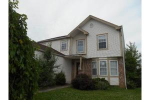 6060 Brook Bay Ct, Canal Winchester, OH 43110