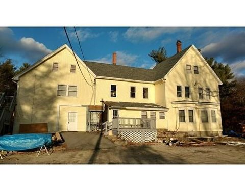18 Lowell St Apt 3, Pepperell, MA 01463