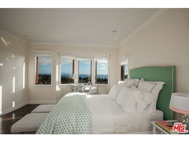 pictures for master bedroom 16655 akron st pacific palisades ca 90272 realtor 174 16655