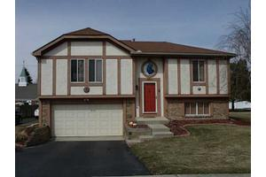 509 Bay River Ct, Maumee, OH 43537