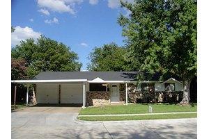 3708 Glenda St, Haltom City, TX 76117