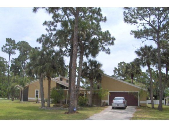 2535 Washington St Melbourne Fl 32904 Realtor Com 174