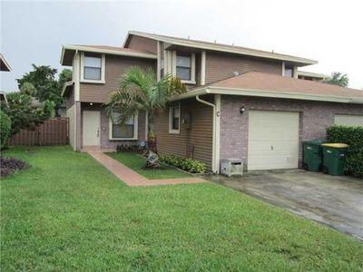 6182 Pine Tree Ln Apt C, Tamarac, FL