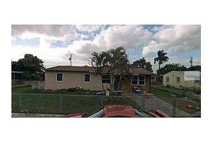 14530 SW 284th St, Homestead, FL 33033