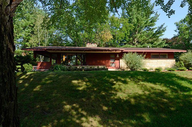 N1790 Birchview Rd, La Crosse, WI 54601
