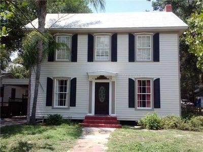 429 E Key Ave, Eustis, FL