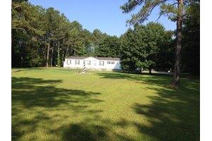 206 Meadow Ln E, Hubert, NC 28539