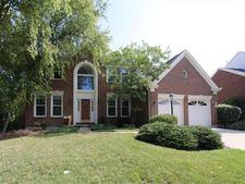 1526 Huntcrest Dr, Anderson Twp, OH 45255