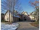 28 Graystone Ln, North Barrington, IL 60010