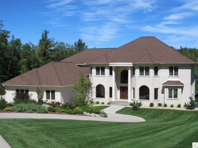 1944 chinook dr duluth mn 55811 home for sale and real estate listing. Black Bedroom Furniture Sets. Home Design Ideas