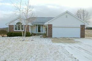 4560 Fillmore St, Norwalk, IA 50211