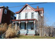 811 Holland Ave, Wilkinsburg, PA 15221