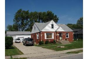 1913 Oakland Ave, Crest Hill, IL