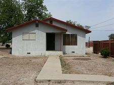 832 W Mt Whitney Ave, Riverdale, CA 93656