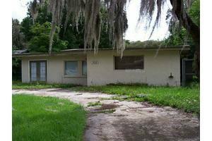 926 30th St NW, Winter Haven, FL 33881