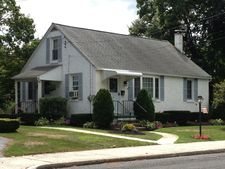 642 3rd St, East Greenville, PA 18041