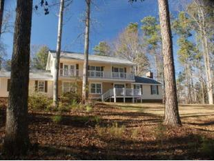 5916 Northern Dancer Dr, Macon, GA