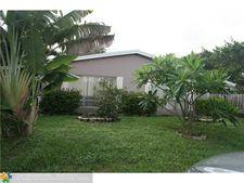 2410 Ne 4th St, Pompano Beach, FL 33062